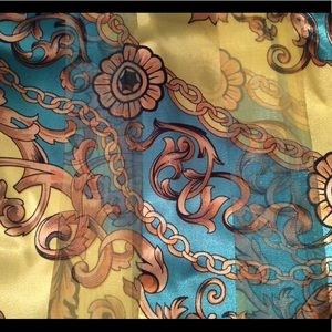 Beautiful Floral and Chain Design Scarf